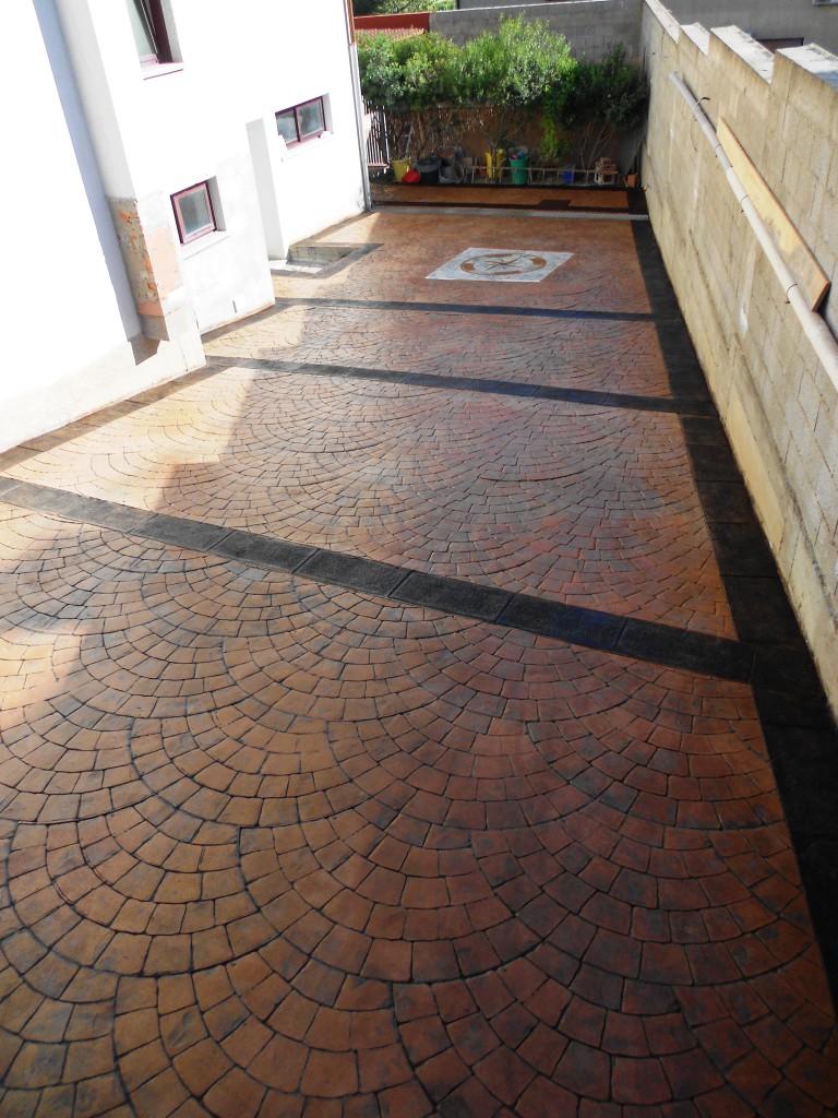 Cemento stampato - Rimuovere cemento da piastrelle ...